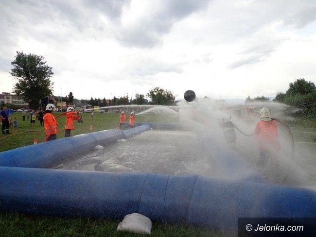 Jelenia Góra: Strażacy zapraszają na piłkę wodną