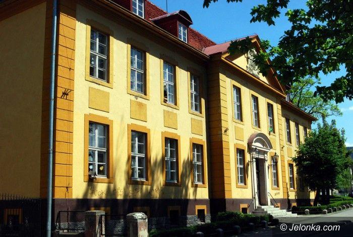 Kowary: Szlakiem sanatoriów i Księżnej Feodory