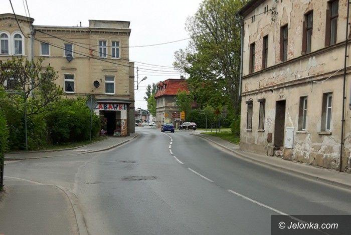 Jelenia Góra: Za wąskie chodniki w Cieplicach