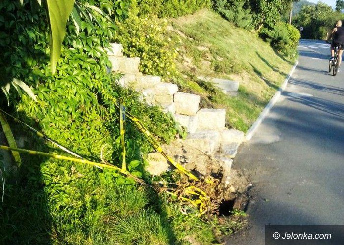 Jelenia Góra: Czytelnik: otwarta studzienka zagraża bezpieczeństwu