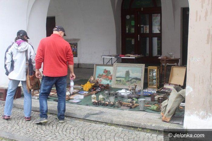 Jelenia Góra: Kolekcjonerzy na Placu Ratuszowym