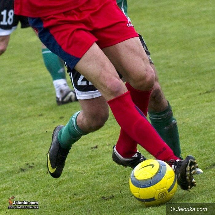 IV liga piłkarska: Domowe mecze Karkonoszy przy jupiterach