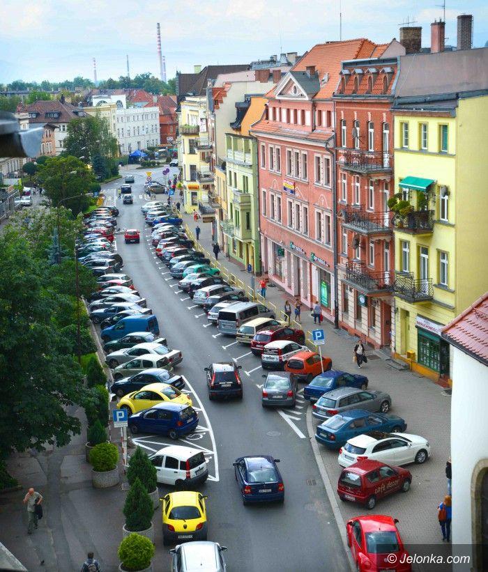 Jelenia Góra: 2 miliony do budżetu za parkowanie