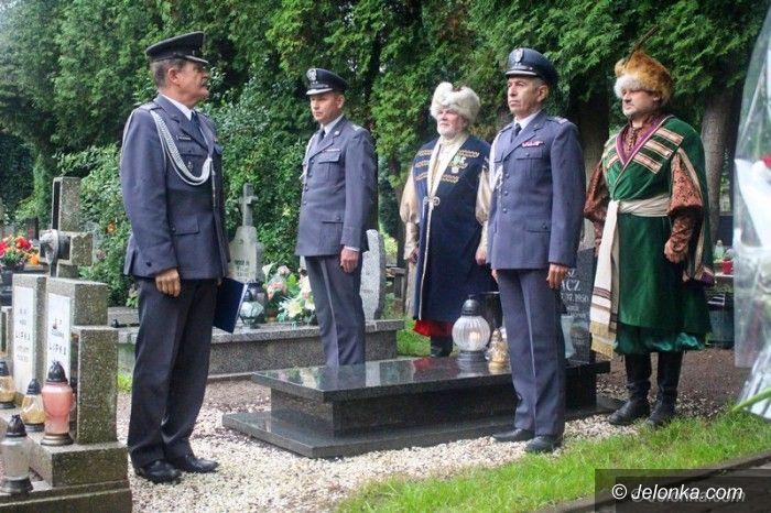 Jelenia Góra: Oddali cześć żołnierzowi Pierwszej Kompanii Kadrowej