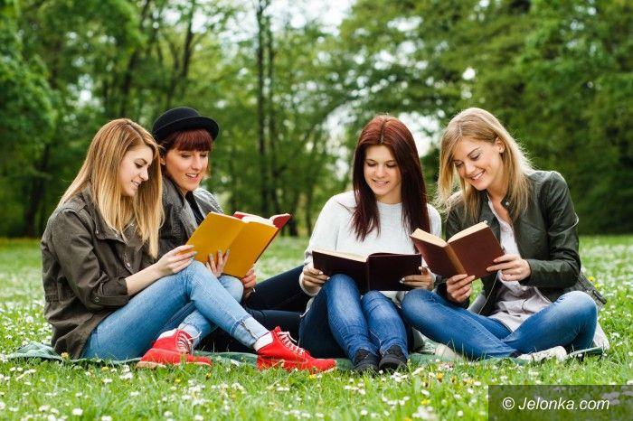 Jelenia Góra: Szansa na studia dla wszystkich maturzystów