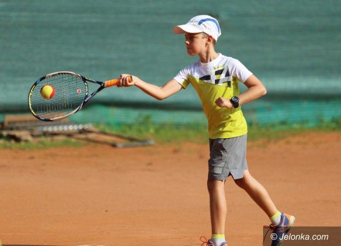 Jelenia Góra: Najmłodsi tenisiści w akcji