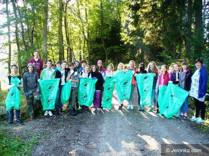 Janowice Wielkie: Posprzątali szlaki w Rudawach Janowickich