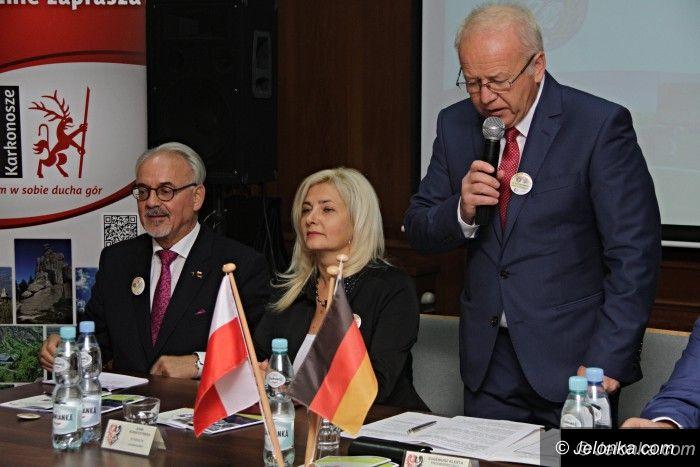 Powiat: Radni z Aachen na uroczystej sesji rady powiatu