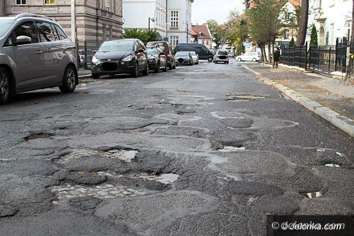 Jelenia Góra: Kiedy obiecany remont ulicy Grottgera?