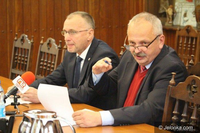 Jelenia Góra: Prezydent przestrzega przed decyzją radnych