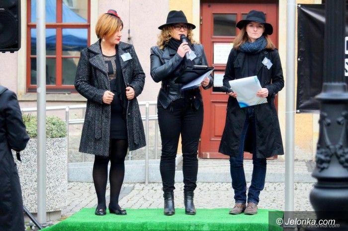Jelenia Góra: Czarny protest tym razem skromniejszy