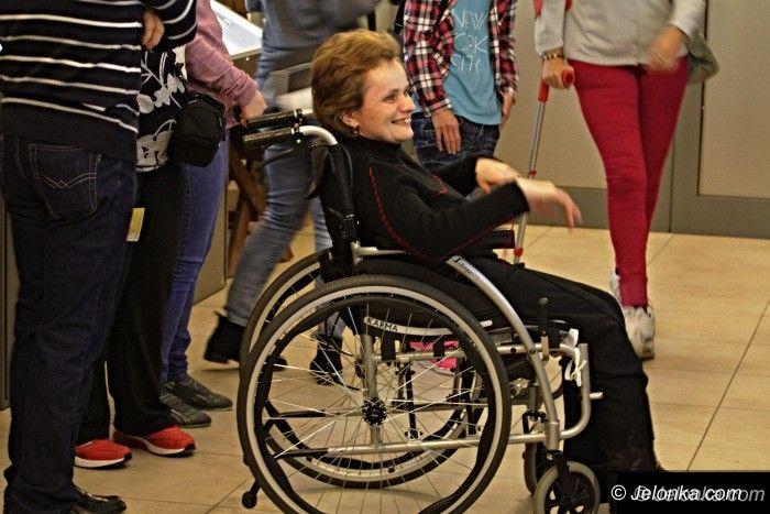 Jelenia Góra: Winda w muzeum, jak... u Barei