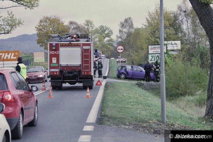Jelenia Góra: Zderzenie aut na wylocie z Maciejowej