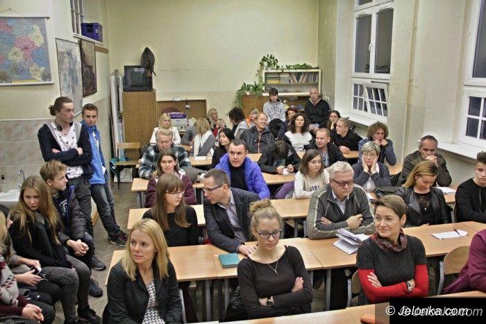 Jelenia Góra: Jeleniogórscy uczniowie popłyną STS Pogoria