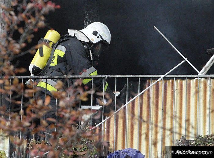 Jelenia Góra: Paliło się mieszkanie przy Paderewskiego