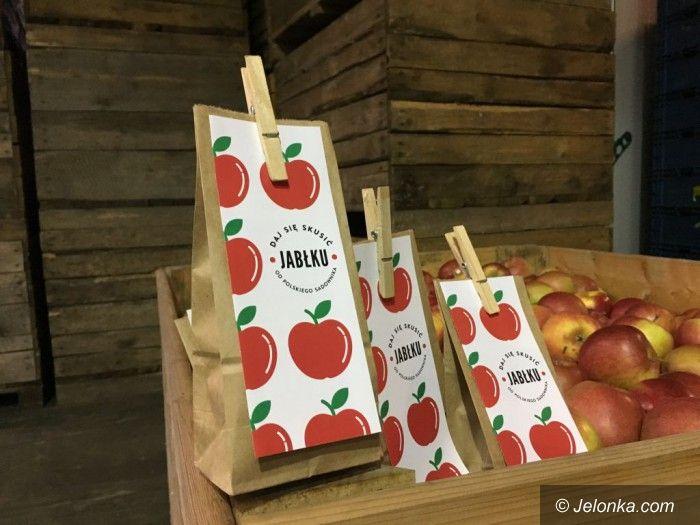 Polska: Jabłka w pociągach z okazji Dnia Niepodległości