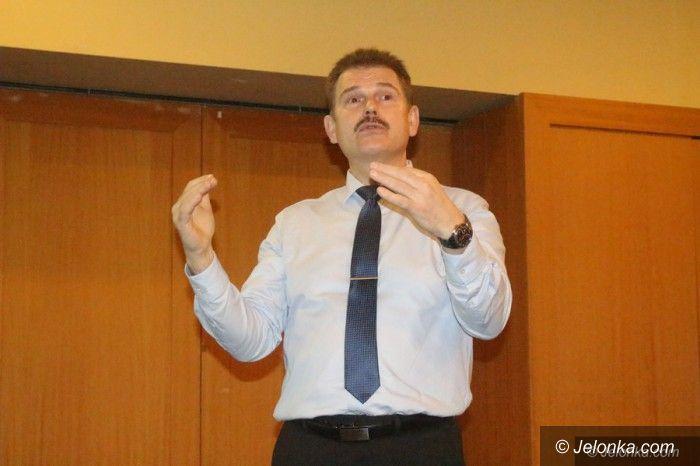 Jelenia Góra: Pastor przekonywał o skuteczności irydologii