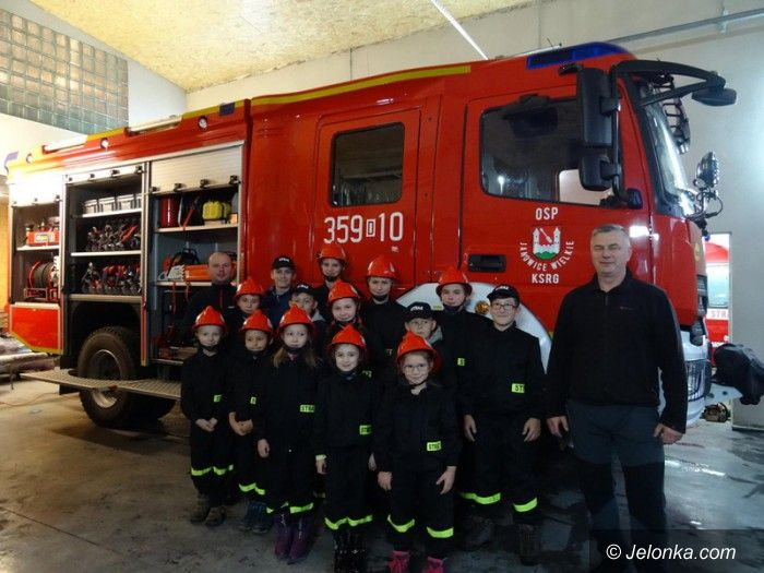 Janowice Wielkie: Cenny dar dla Młodzieżowej Drużyny Pożarniczej