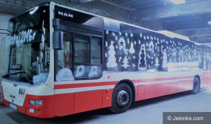 Jelenia Góra: Mikołajkowy autobus na linii nr 2