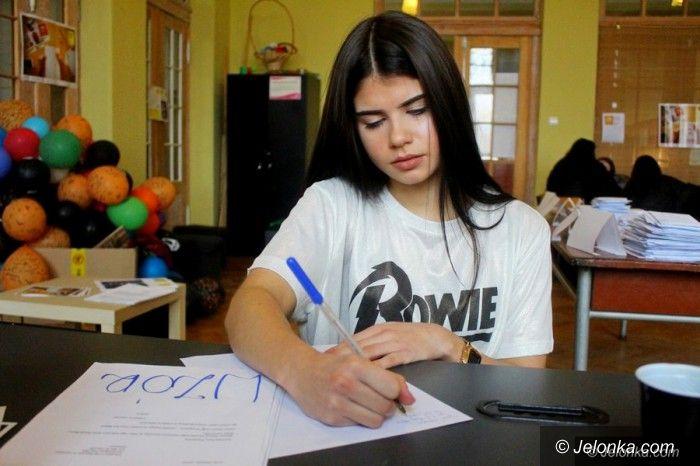 Jelenia Góra: Młodzież pisze listy i liczy na wsparcie