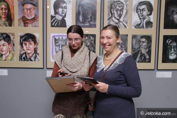 Jelenia Góra: Twarzą w Twarz w MDK Muflon