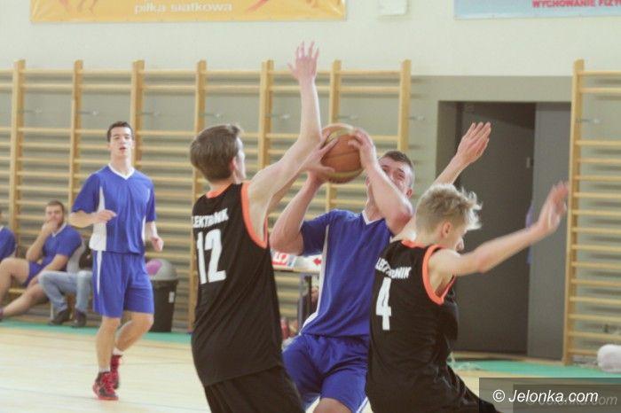Jelenia Góra: Koszykówka chłopców – grały szkoły średnie