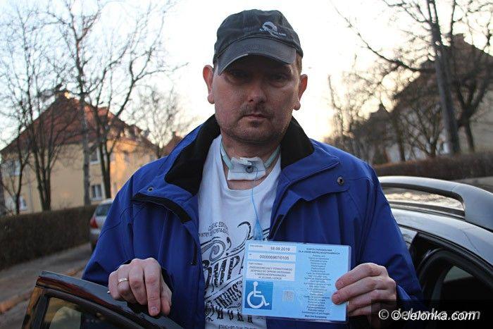 Jelenia Góra: Zapomnieli o kopercie dla niepełnosprawnego