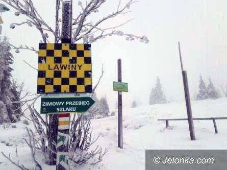 Region: Zagrożenie lawinowe – zamknięto szlaki