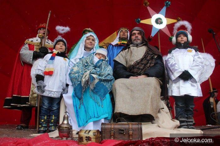 Jelenia Góra: Podążali za gwiazdą w śniegu i mrozie