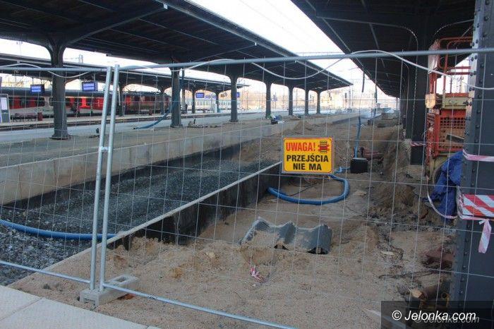 Jelenia Góra: Perony na stacji do końca maja