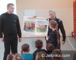 Jelenia Góra: Policjanci z dziećmi o bezpieczeństwie