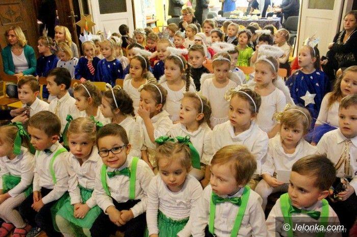 Jelenia Góra: Integracja przedszkolaków przy kolędach i pastorałkach