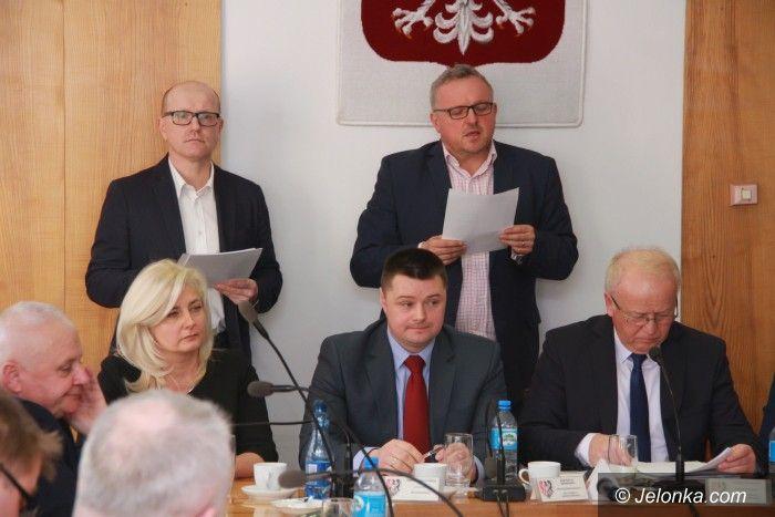 Powiat: Po sesji powiatu: A. Konieczyńska nadal starostą