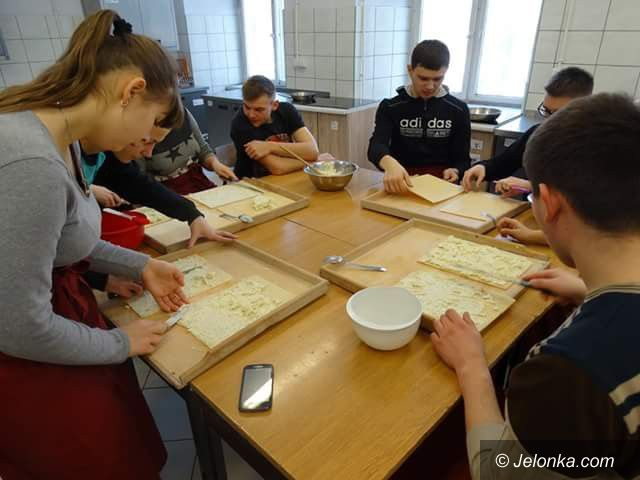 """Jelenia Góra: """"Handlówka"""" gościła młodzież z Ukrainy"""