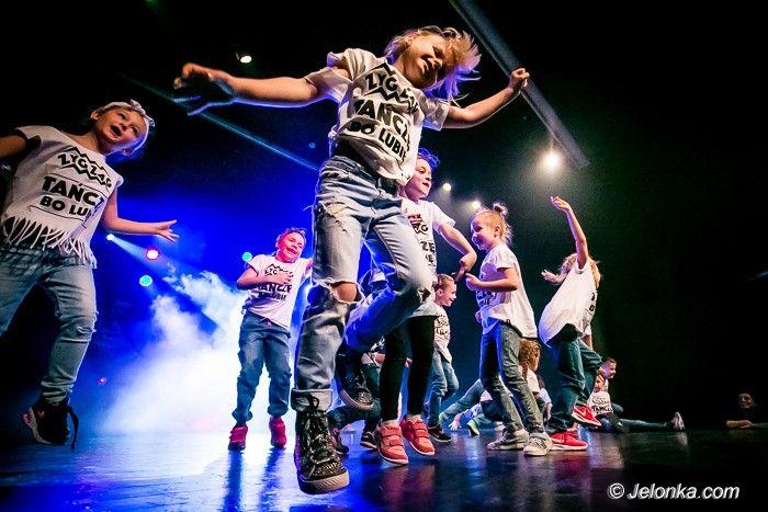 Jelenia Góra: Trwa wielka taneczna gala w JCK