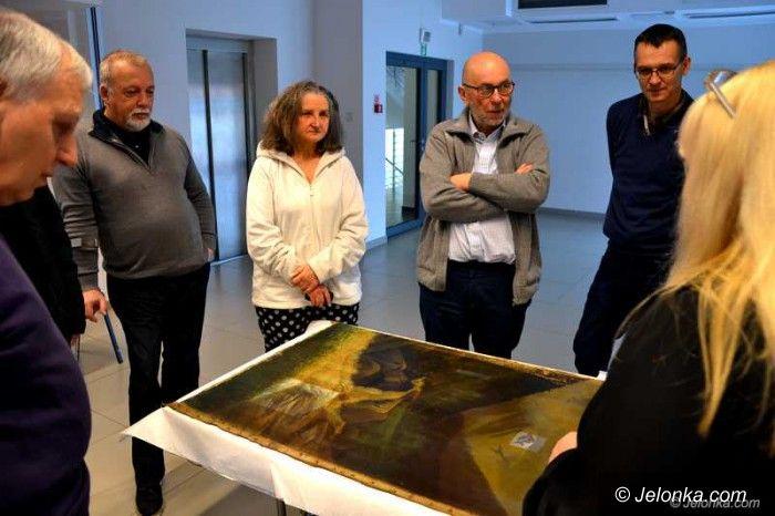 Jelenia Góra: W Muzeum Karkonoskim o ratowaniu obrazów