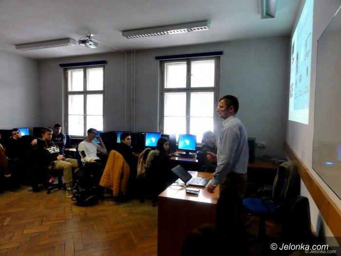 Jelenia Góra: KPSW zaprasza uczniów na ciekawe zajęcia