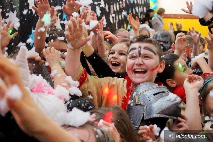Jelenia Góra: Karnawałowa zabawa w SP 8
