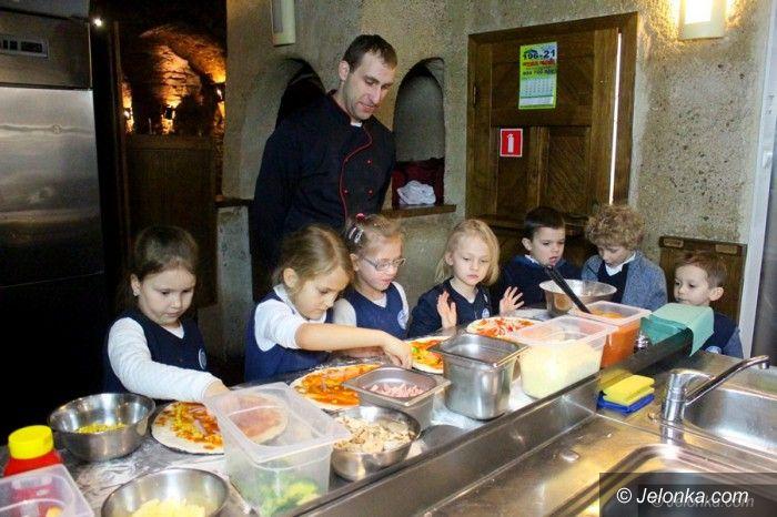 Jelenia Góra: Mali kucharze robili pizzę