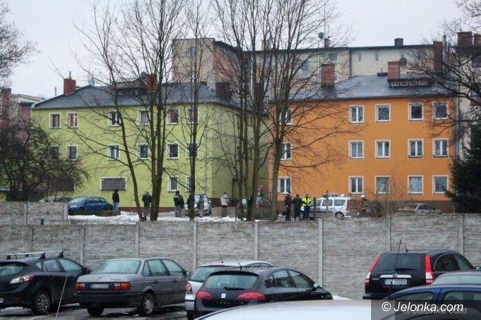 Jelenia Góra: Przy Wincentego Pola ewakuowano 15 osób