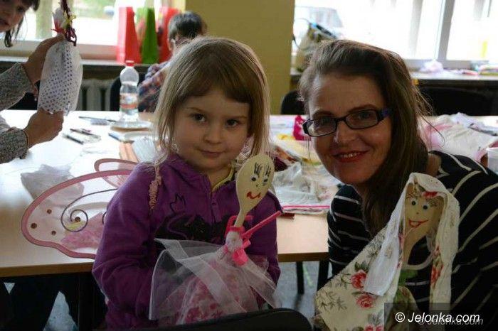 Jelenia Góra: Podczas bajkowej soboty dzieci przyzywały wiosnę