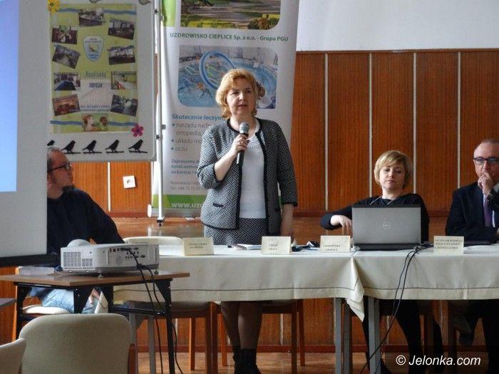 Jelenia Góra: Forum Zawodowe w Handlówce