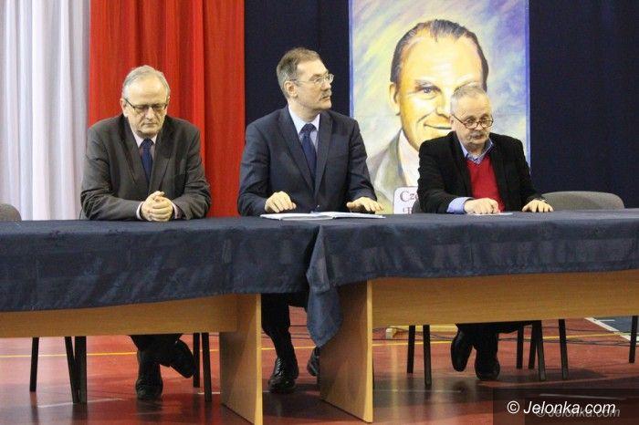 Jelenia Góra: Nagły zwrot akcji w sprawie sieci szkół