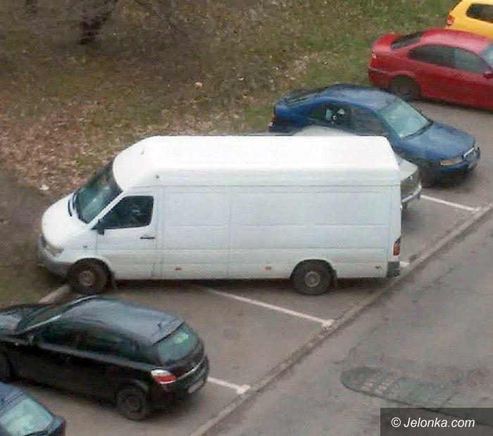 Jelenia Góra: Z parkowaniem (wciąż) na bakier