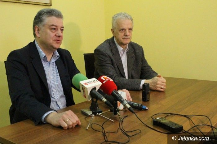 Jelenia Góra: PiS łagodzi stanowisko – poprze sieć szkół