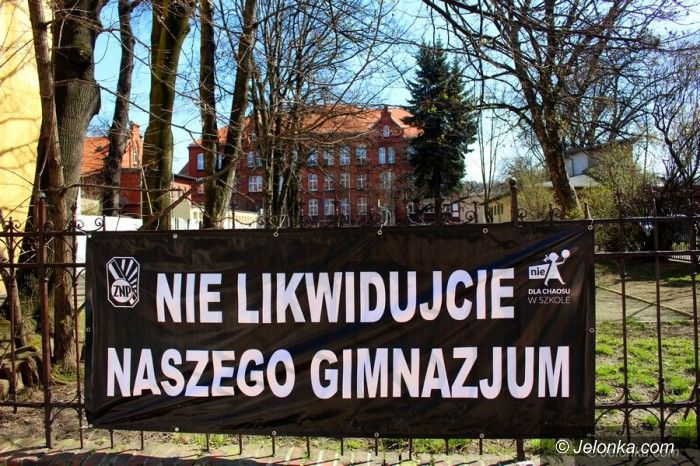 Jelenia Góra: Nauczyciele strajkowali, ale nie wszyscy