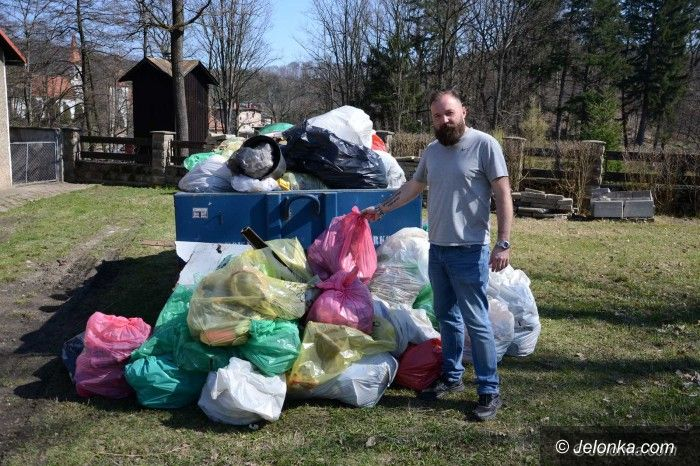 Janowice Wielkie: Wysprzątali 10 km Bobru, wynieśli mnóstwo śmieci