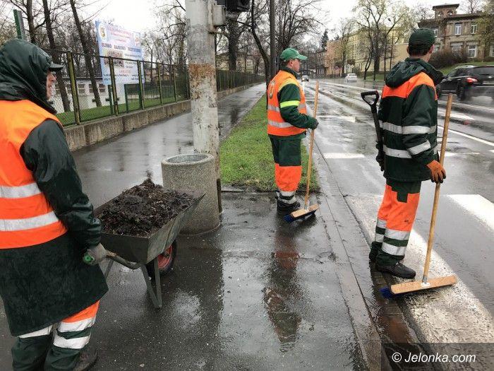 Jelenia Góra: W mieście trwają porządki po zimie