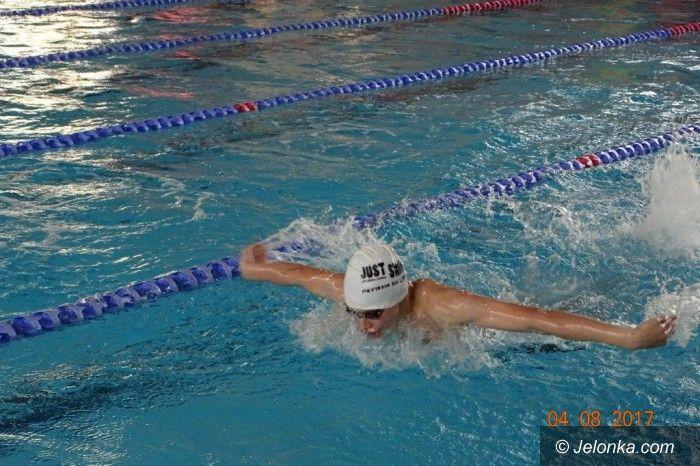 Świebodzice: Pływackie sprinty w Świebodzicach