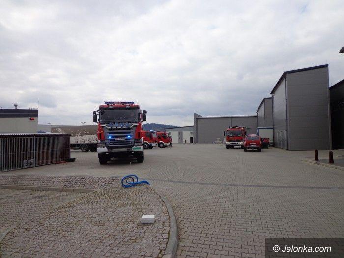 Jelenia Góra: Pożar substancji chemicznych na Spółdzielczej